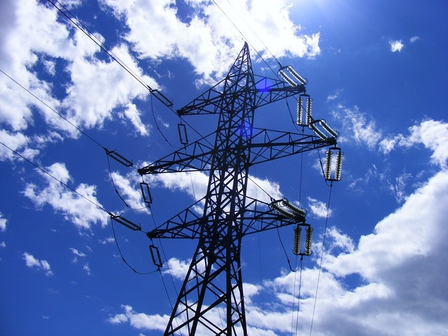 electricity-pillars-640x480